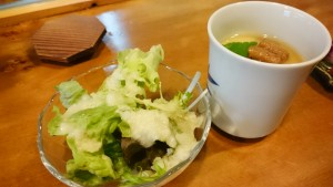 サラダ、穴子の茶碗蒸し