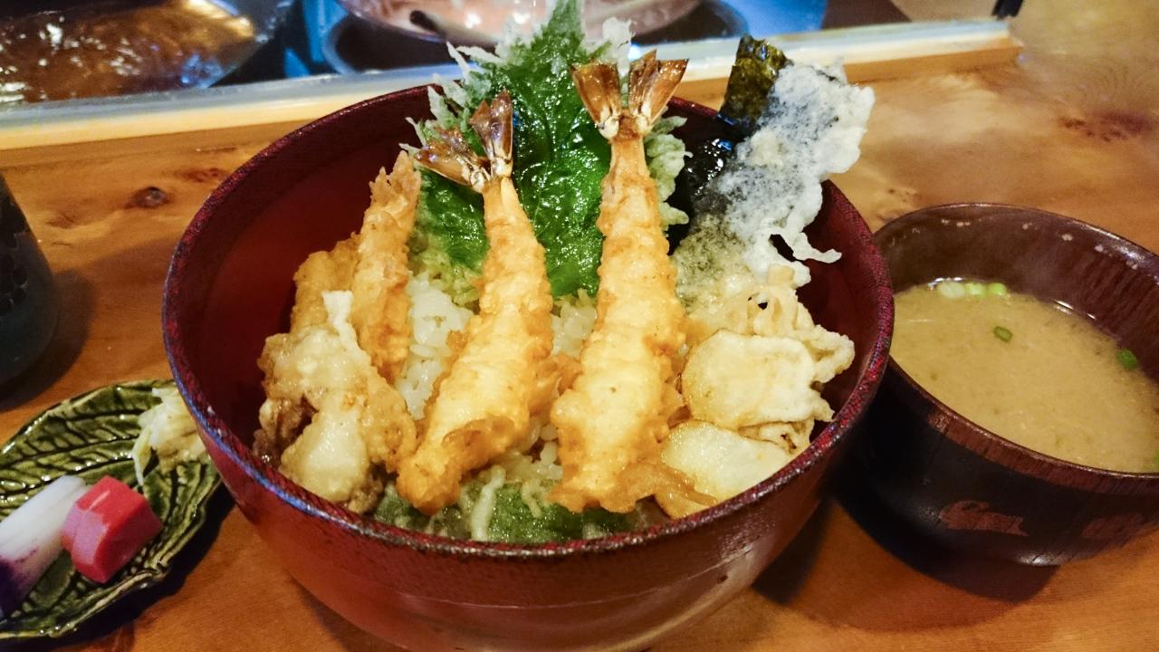 北新地「天ぷら 旬楽庵 おばた」ランチに揚げたての天丼はいかが?