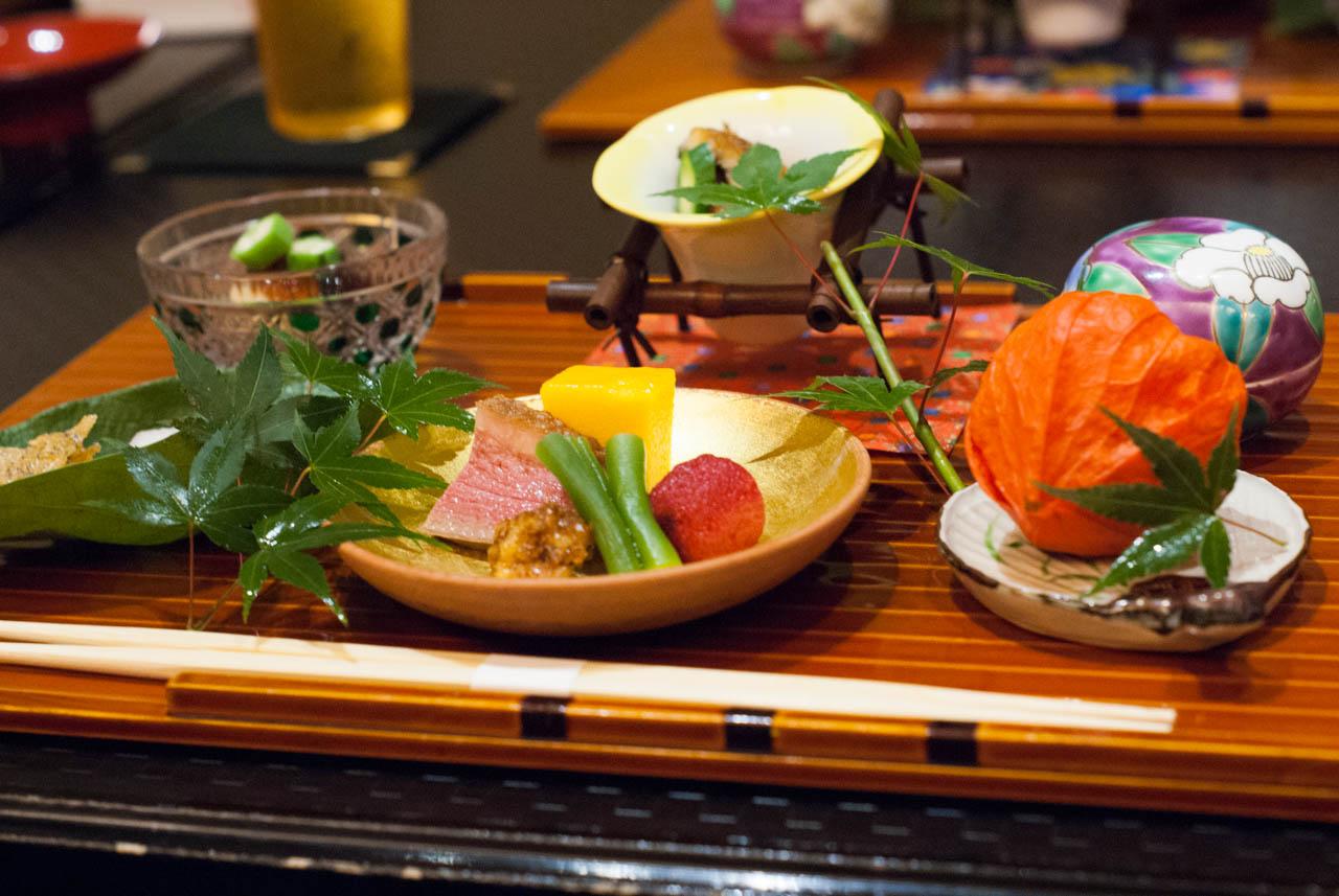熱夏の大阪で涼やかな懐石を@北新地「北新地 湯木」