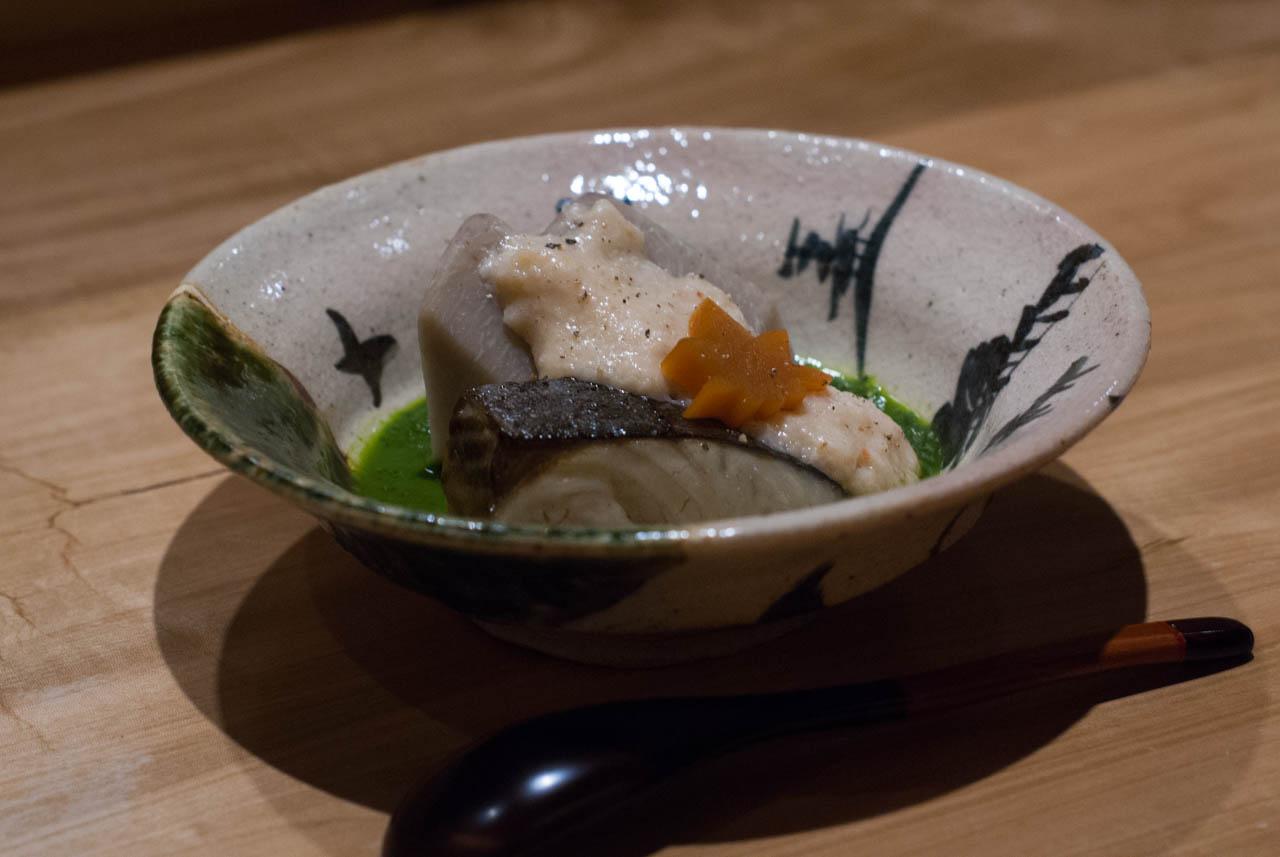 鰆と海老芋の海老入トロロ蒸し