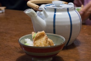 活ふぐの天ぷら茶漬け
