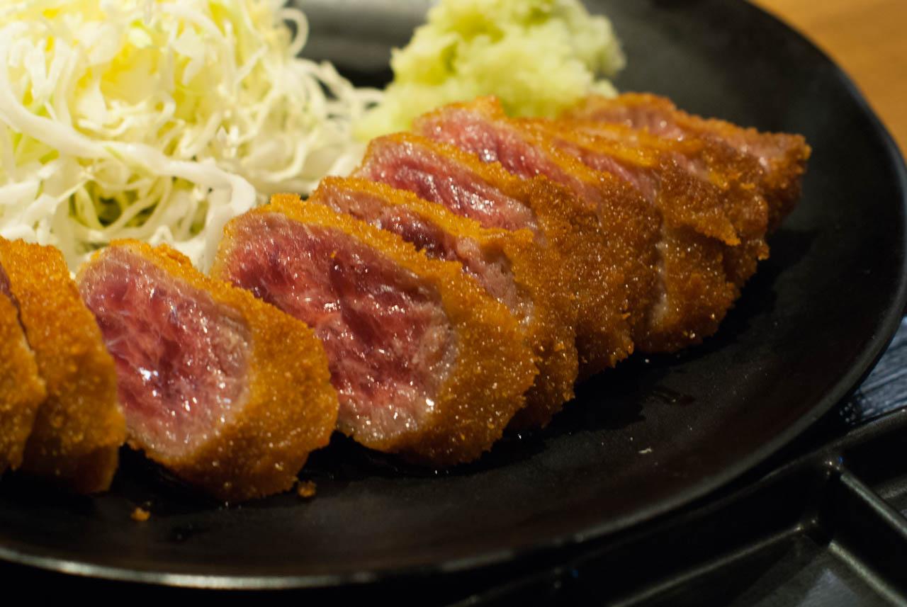 裏なんばで牛カツと丼でお腹いっぱい@裏なんば「日本橋 富士」