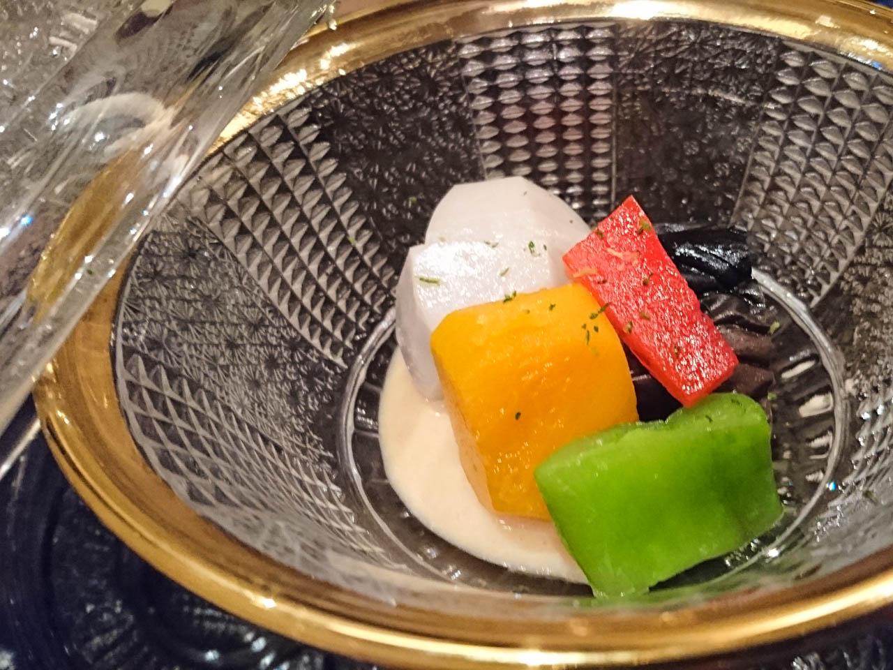焚き合せ  冷製 彩り夏野菜  胡麻クリームと共に