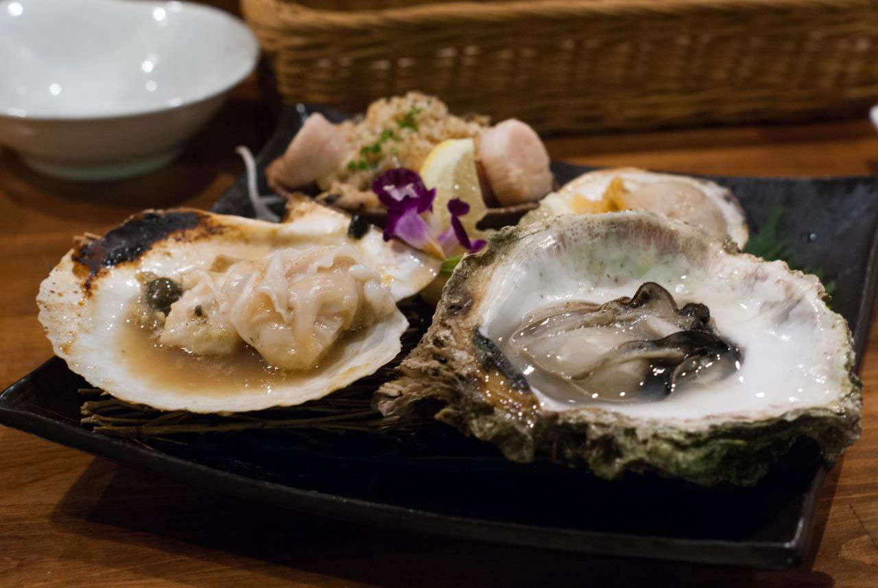 いろいろ焼き貝食べくらべ