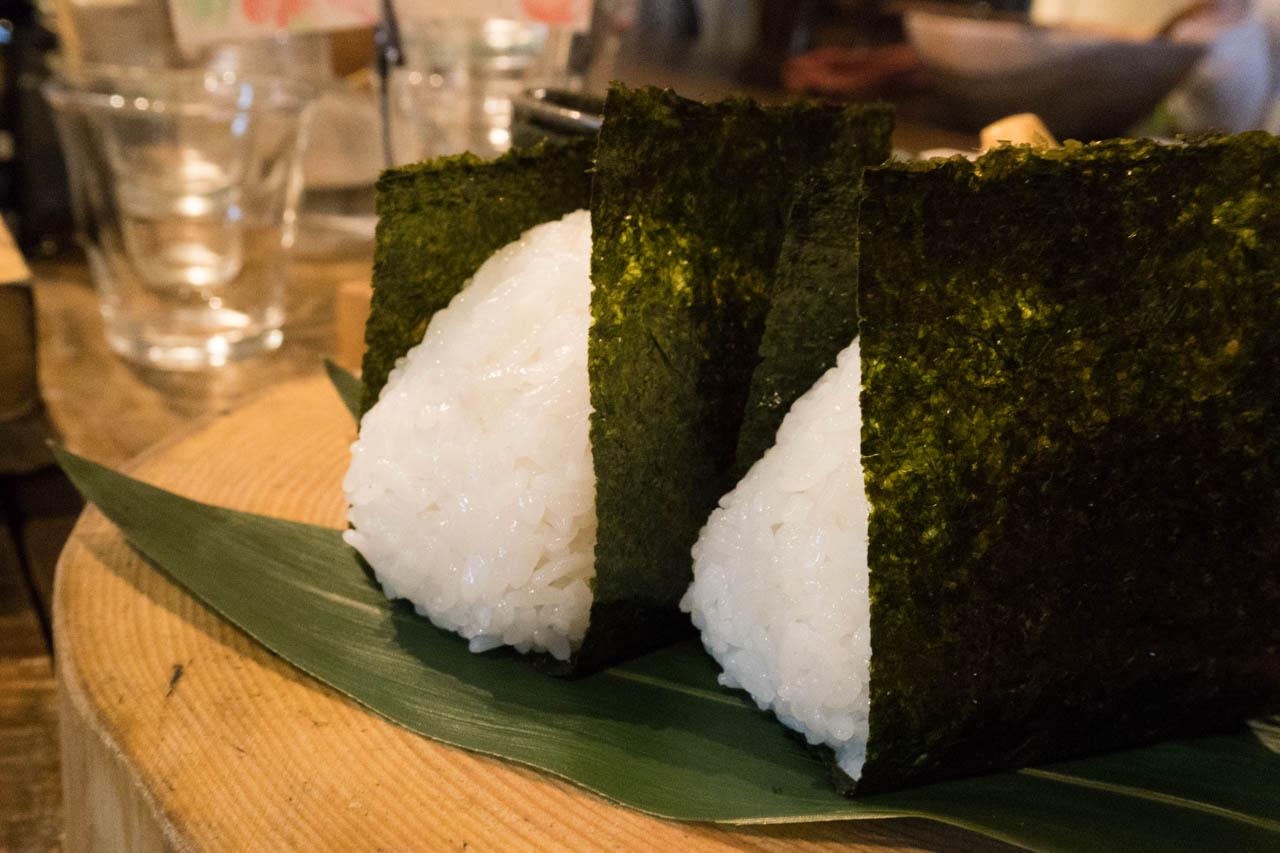 日本人ならおにぎりだ。一口ごとにほっとする釜炊きのおにぎりランチ@福島「kei (継)」