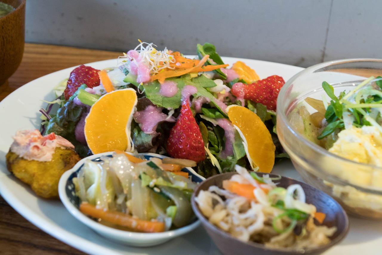 野菜をチャージ、家で食べるよりも健康的@阿倍野「実身美 あべの店」