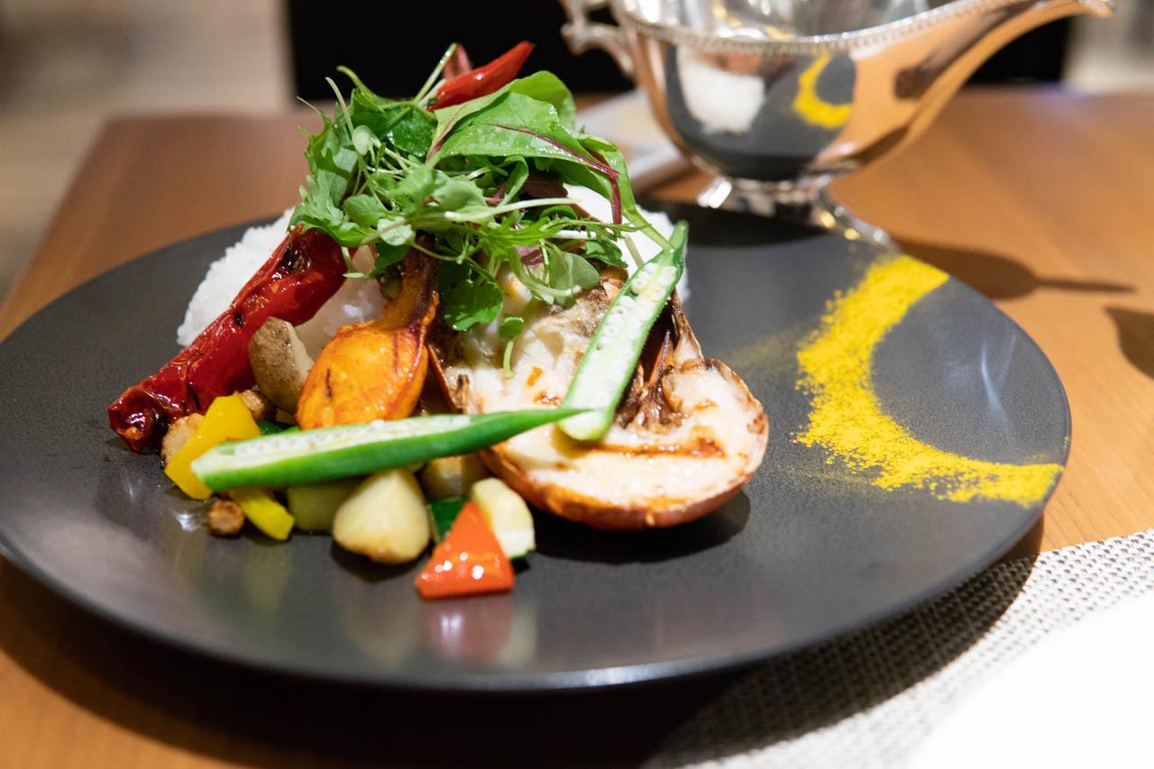 上品な辛さと受け継がれる味が素晴らしい@帝国ホテル大阪・カフェ クベール
